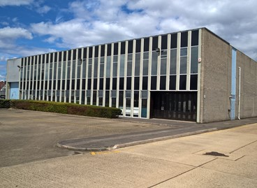 DTZ Investors complete letting to Selco at Mitcham Industrial Estate
