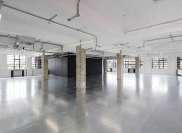 Refurbished office available to let in Islington