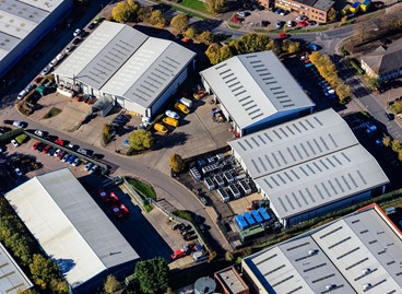 DTZ INVESTORS HAS DISPOSED OF CENTRO INDUSTRIAL ESTATE IN HEMEL HEMPSTEAD FOR £14.9M.
